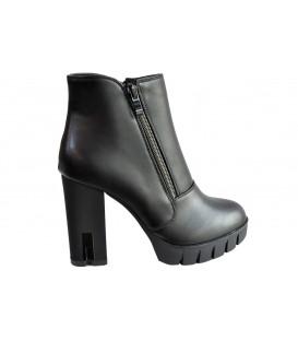 Ladies boots R55-1