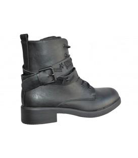 Ladies boots R44