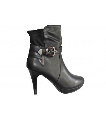 Ladies boots S595