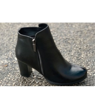 Women's Boots R019